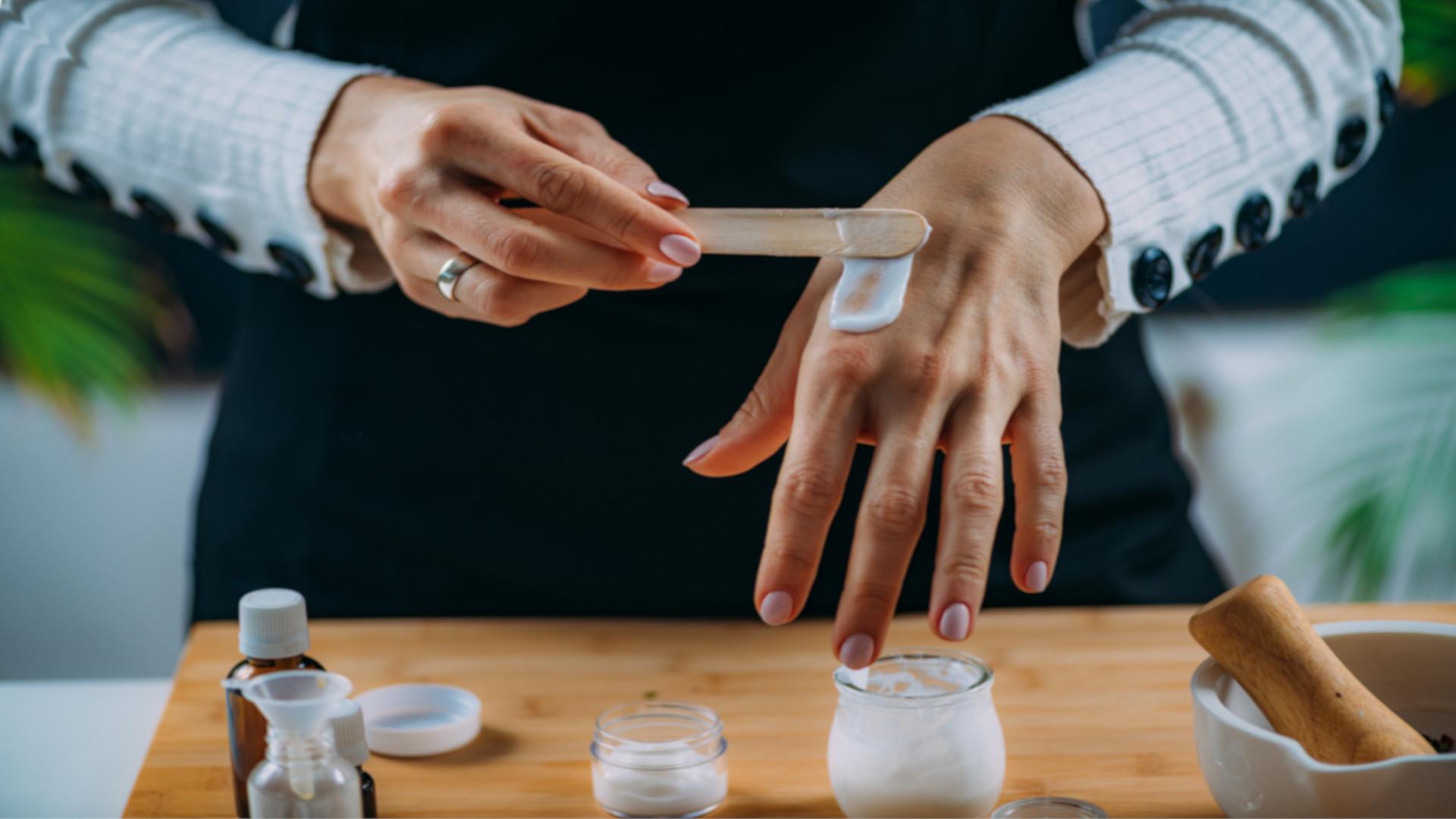 CBD Handcreme selbst gemacht – DIY-Handcreme mit CBD-Öl